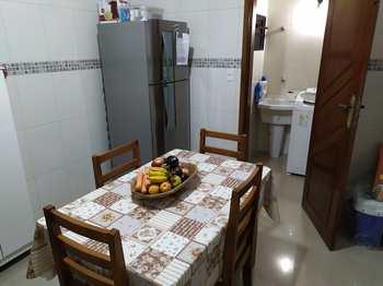 Casa, código 54744368 em São Vicente, bairro Vila Valença