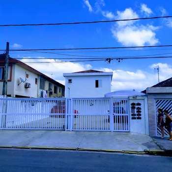 Sobrado de Vila em São Vicente, bairro Parque São Vicente