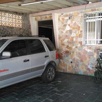 Casa em São Vicente, bairro Vila Cascatinha