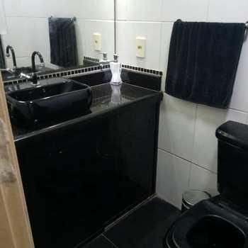 Apartamento em Cubatão, bairro Parque São Luis