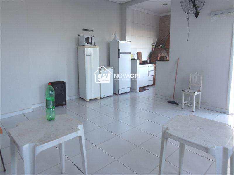 Apartamento em Praia Grande, bairro Boqueirão