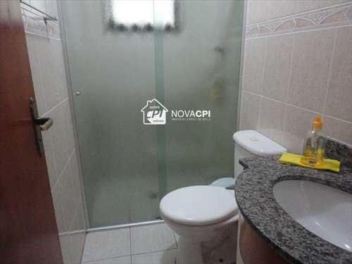 Apartamento, código AP0050 em Praia Grande, bairro Guilhermina