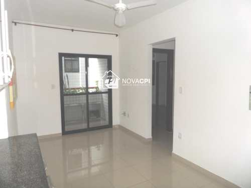 Apartamento, código 0102424001 em Praia Grande, bairro Guilhermina