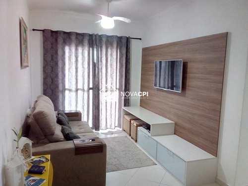 Apartamento, código 0102433100 em Praia Grande, bairro Guilhermina