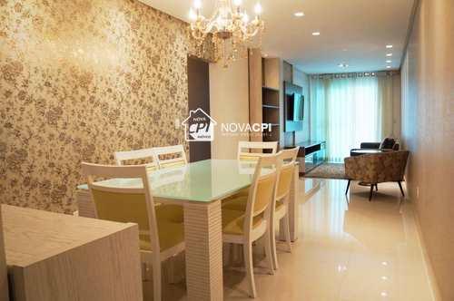 Apartamento, código 010335100 em Praia Grande, bairro Guilhermina
