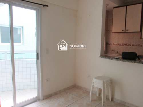 Apartamento, código 0101412701 em Praia Grande, bairro Boqueirão