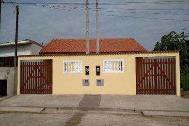 Casa, código 047/51 em Itanhaém, bairro Jardim Edel