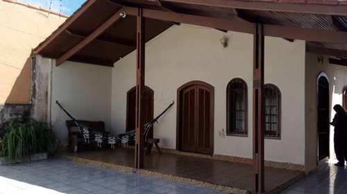 Casa, código 135/604 em Itanhaém, bairro Balneário Santa Júlia