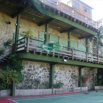 Casa em Santos, bairro José Menino