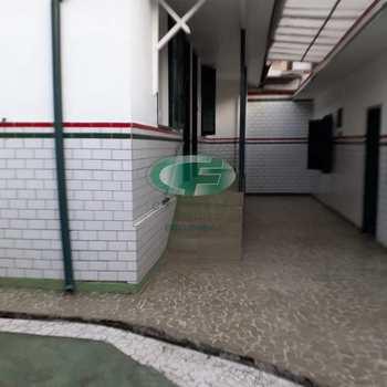 Casa Comercial em Santos, bairro Encruzilhada