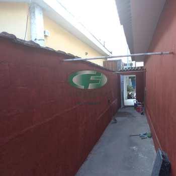 Casa em São Vicente, bairro Vila São Jorge