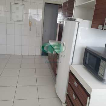 Apartamento em Santos, bairro Gonzaga