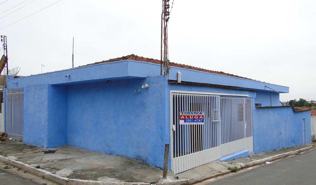 Casa em Agudos, bairro Vila Professor Simoes