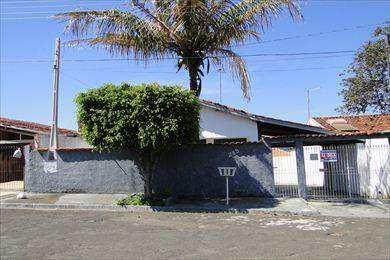 Casa, código 292 em Agudos, bairro Vila Honorina