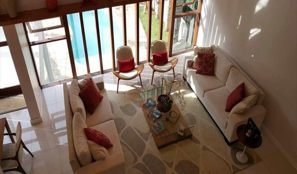Casa de Condomínio em Cotia, bairro Granja Viana II