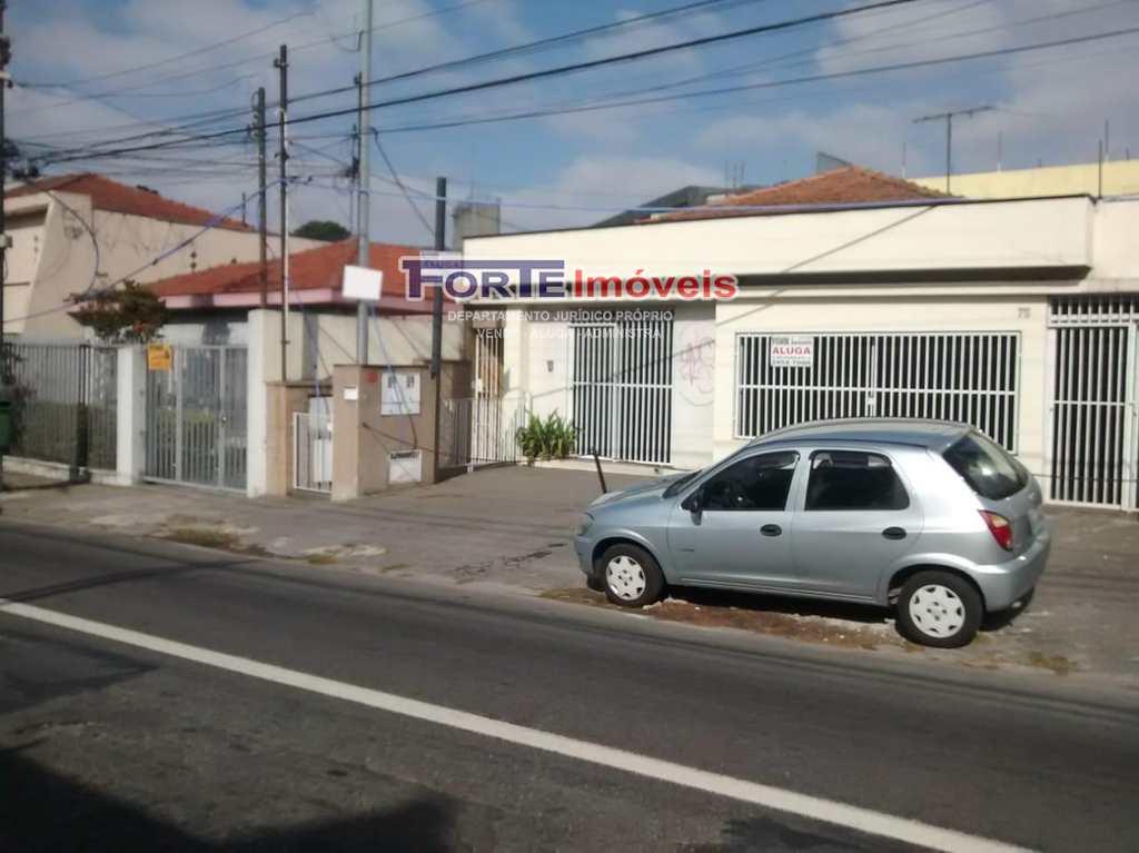 Casa Comercial em São Paulo, bairro Jardim das Laranjeiras