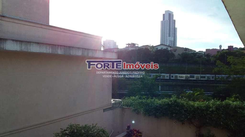 Casa de Condomínio em São Paulo, no bairro Vila Mazzei