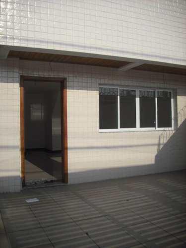 Sobrado, código 100109200 em São Vicente, bairro Vila Valença
