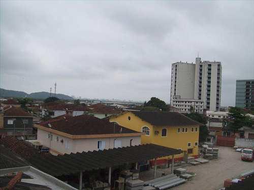 Apartamento, código 10068000 em São Vicente, bairro Parque Bitaru