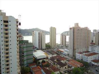 Apartamento, código 10066500 em São Vicente, bairro Centro