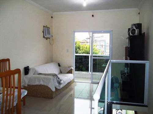 Casa, código 10062300 em São Vicente, bairro Vila São Jorge