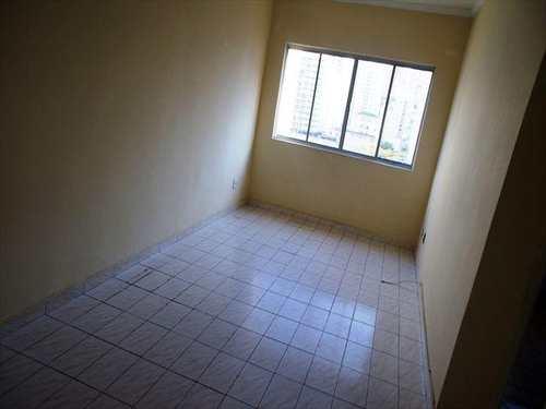 Apartamento, código 10061000 em São Vicente, bairro Itararé