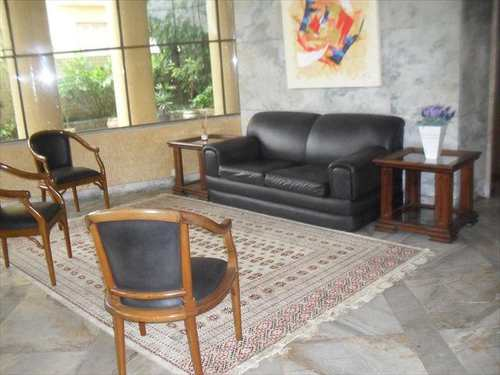 Apartamento, código 10051600 em São Vicente, bairro Centro