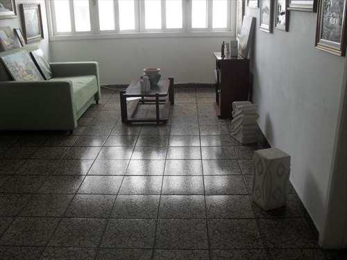 Apartamento, código 10040100 em São Vicente, bairro Centro