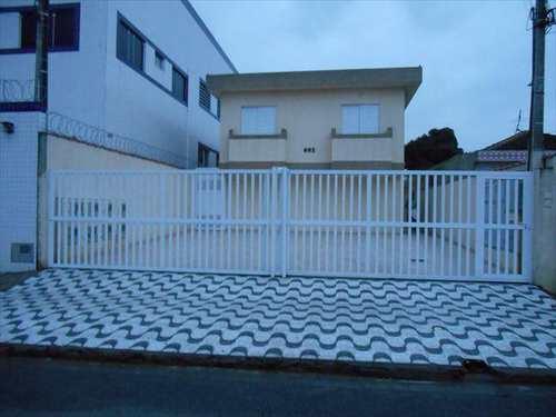 Sobrado, código 10019700 em São Vicente, bairro Parque São Vicente