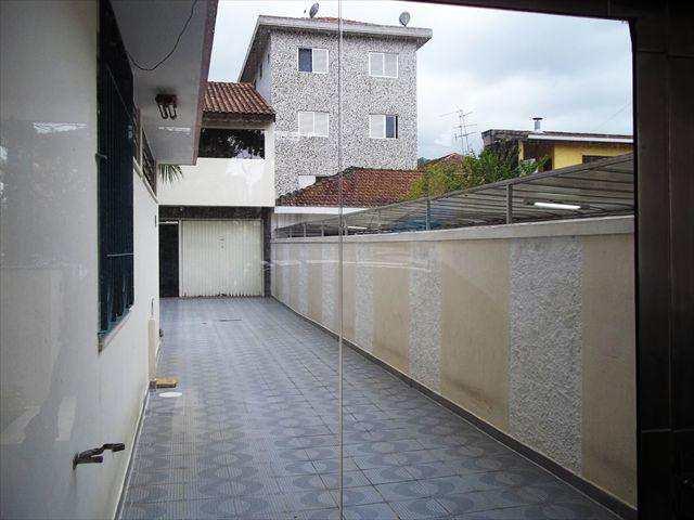 Sobrado em São Vicente, bairro Vila Valença