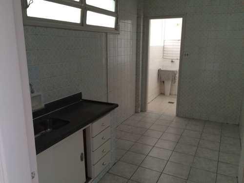 Apartamento, código 1001591358 em São Vicente, bairro Centro