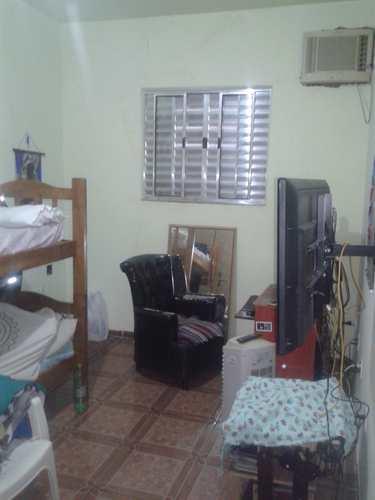 Casa, código 1001591380 em São Vicente, bairro Parque São Vicente