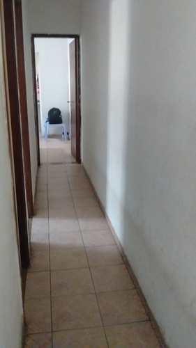 Casa, código 1001591413 em São Vicente, bairro Jardim Independência