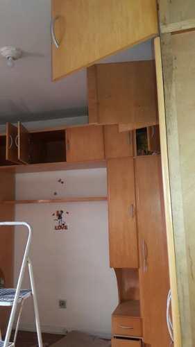 Apartamento, código 1001591502 em São Vicente, bairro Vila Valença