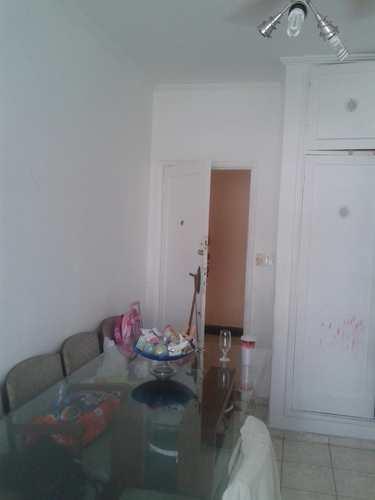 Apartamento, código 1001591652 em São Vicente, bairro Vila Valença