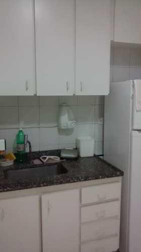Apartamento, código 1001591709 em São Vicente, bairro Itararé