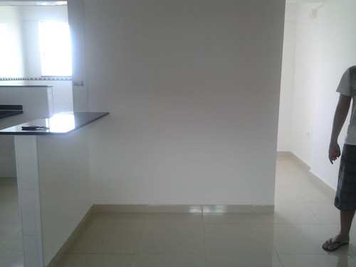 Apartamento, código 1001591736 em São Vicente, bairro Parque São Vicente