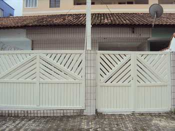 Casa, código 1069 em Praia Grande, bairro Guilhermina