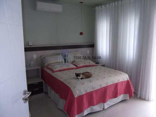 Casa, código 1180 em Praia Grande, bairro Guilhermina