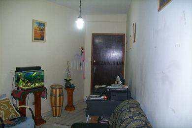 Apartamento, código 830 em Praia Grande, bairro Guilhermina