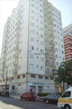 Apartamento, código 829 em Praia Grande, bairro Tupi