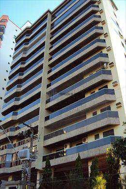 Apartamento, código 825 em Praia Grande, bairro Canto do Forte