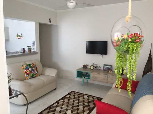 Apartamento, código 1204 em Praia Grande, bairro Guilhermina