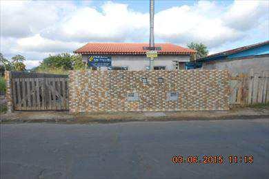 Casa, código 647 em Pariquera-Açu, bairro Vila Santa Verônica