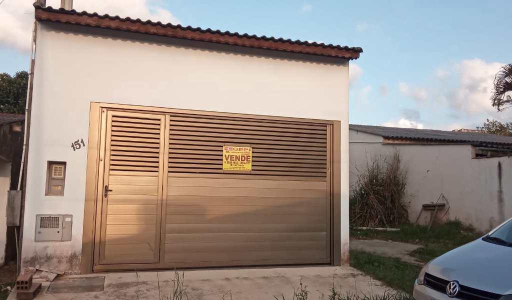 Casa em Pariquera-Açu, bairro Jardim São Carlos