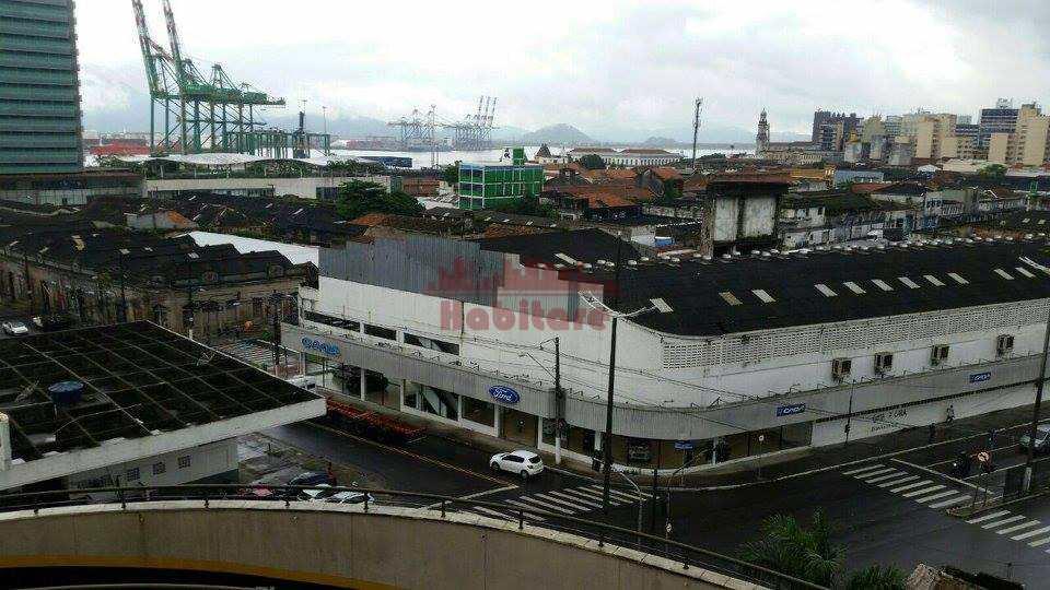Prédio em Santos, no bairro Valongo
