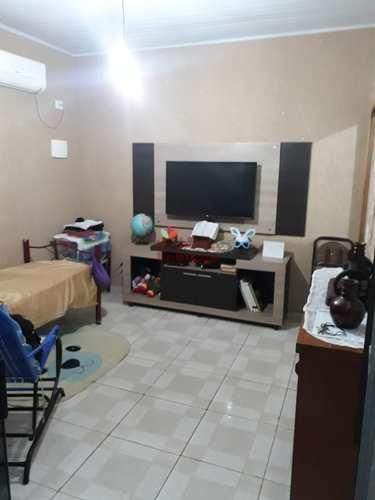 Casa, código 662645 em Praia Grande, bairro Maracanã