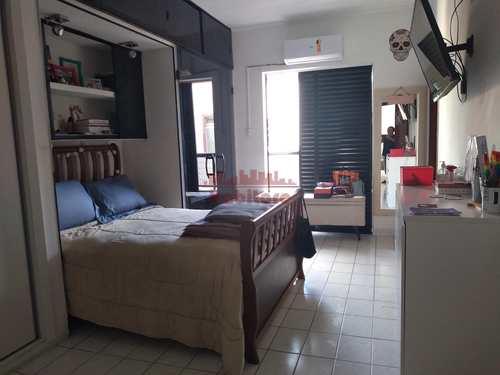 Apartamento, código 662937 em Praia Grande, bairro Guilhermina