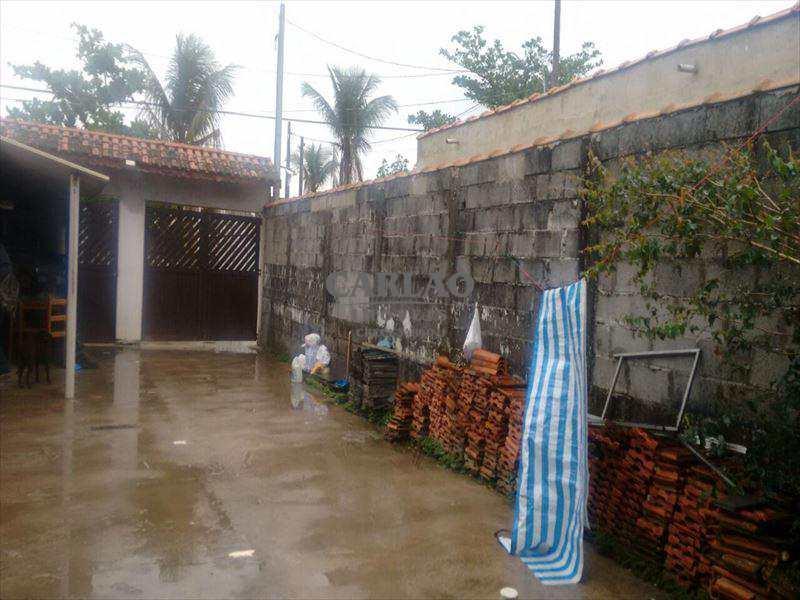 Casa em Mongaguá, bairro Parque Novo Imigrantes