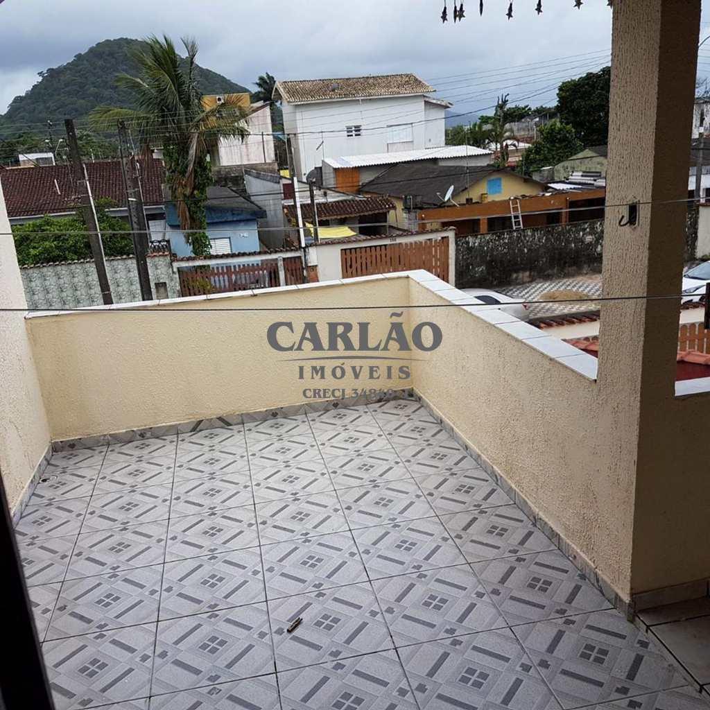 Sobrado em Mongaguá, bairro Balneário Jussara